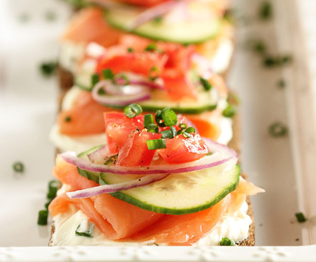Lazy Girl Kitchen: Smoked Salmon Canapes With Whipped Chive Cream Cheese